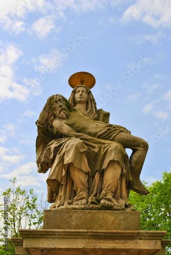 Fotobehang Historisch mon. Pieta