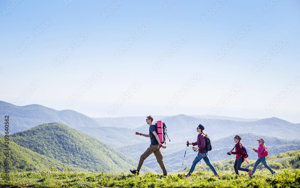 Fototapety, obrazy: Family in a hike
