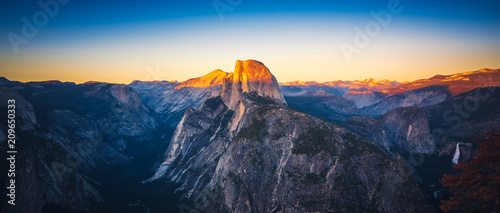 Panoramic Sunset View of Half Dome from  Glacier Point in Yosemite National Park Canvas Print