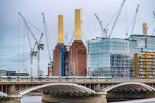 Battersea Power Station Rail T...