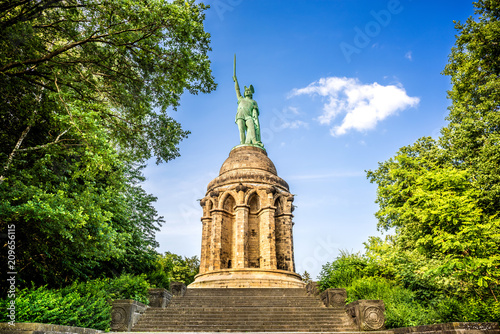 Foto auf Leinwand Historische denkmal The Hermannsdenkmal in Germany
