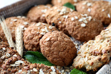 Delicious Oatmeal Cookies On W...