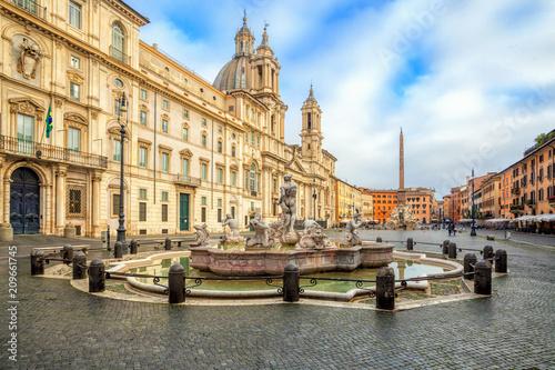 Fotografie, Obraz Piazza Navona square in Rome, Italy
