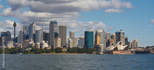 Photo Stands Sydney Sydney CBD city and opera house with blue sky and clouds