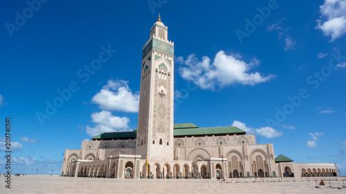 Tuinposter Marokko The Hassan II Mosque is a mosque in Casablanca, Morocco.