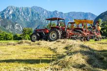 Trattore Per Agricoltura, Racc...