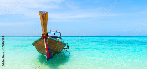 Foto op Canvas Asia land Amazing view of beautiful beach with traditional thailand longtale boat. Location: Bamboo island, Krabi province, Thailand, Andaman Sea. Artistic picture. Beauty world.