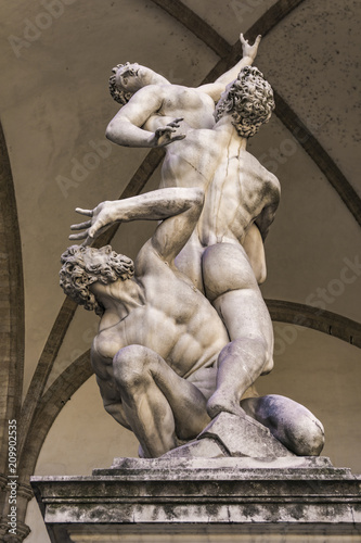 Fotomural Statue Abduction of a Sabine Woman in Florence, Italy