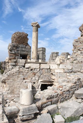 Fotobehang Rudnes Ephesus Ancient City Ruins