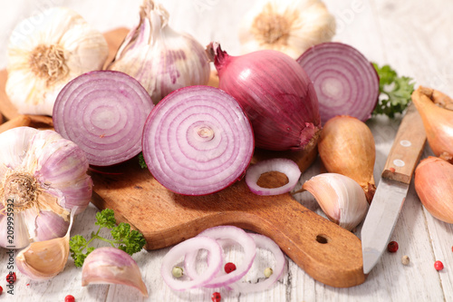 Photo onion and garlic