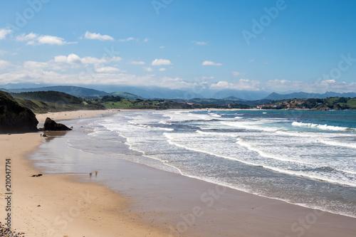 Fotomural Spanien - Kantabrien - San Vincente de la Barquera - Playa de Meron