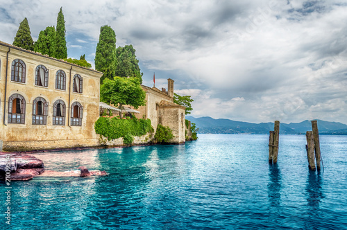 Stampa su Tela Lake Garda at Punta San Vigilio, Town of Garda, Italy