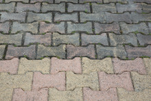 Difference Between Clean Driveway Autoblocking Slabs And Dirty After A High Pressure Jet
