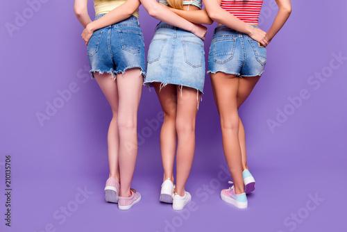 Lesbians butt pics