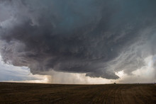 A Supercell Thunderstorm Devel...