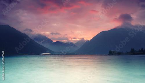 Abend am Alpensee