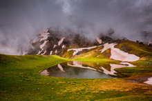 Dragon Lake (Drakolimni).