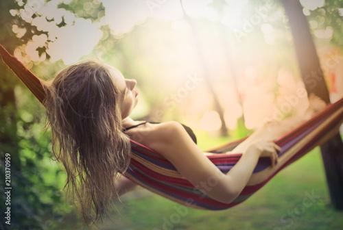 Deurstickers Ontspanning Sleeping on the hammock