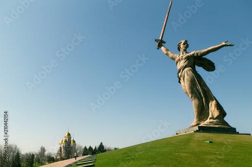 Zdjęcie XXL Wołgograd.Rosja. Rozmowy z ojczyzną. Historyczny pomnik złożony Mamaev Kurgan