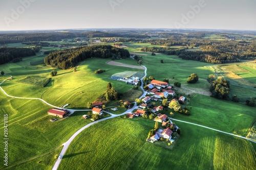 Pittenhart, Eschenau, Chiemgau, Weiler, Dorf, Bauer, Landwirtschaft, Oberbayern, Wallpaper Mural
