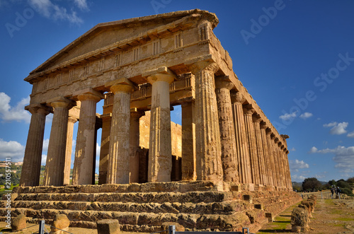 Spoed Foto op Canvas Bedehuis The Valley of the Temples is an archaeological site in Agrigento, Sicily, Italy.