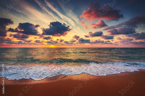 Fototapety, obrazy: Beautiful sunrise over the sea