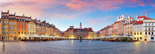 Photo Stands Central Europe Panorama of Warsaw odl town square, Rynek Starego Miasta, Poland