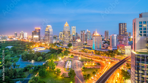 Foto op Plexiglas Bangkok Bangkok city skyline with Lumpini park from top view in Thailand