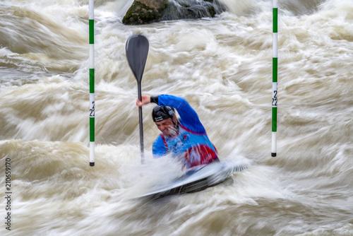 Fotografía Canoe slalom - water sport