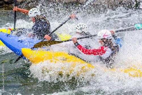 Fotografía  Extreme canoe slalom