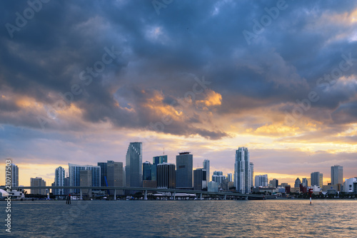 Foto op Aluminium Strand Miami city by sunset