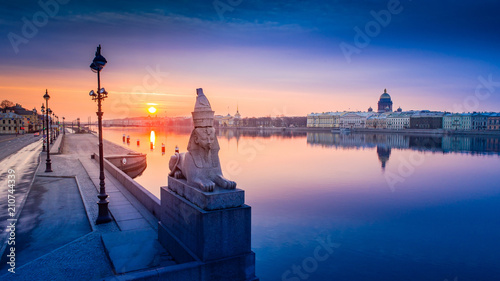 Foto op Aluminium Asia land Panorama of St. Petersburg. Bridges of Petersburg. Russia. View of the city from a height. Architecture of Petersburg. Russian cities.
