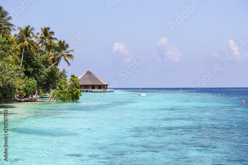 Foto op Canvas Eiland View of vilamendhoo island at the water bungalows side in the Indian Ocean, Maldives
