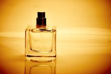 Single Perfume Bottle With Spray