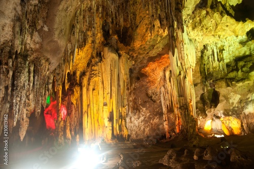Deurstickers Chocoladebruin The colorful limestone formations at Khao Bin Cave in Thailand.