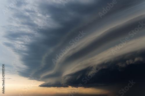 Canvas Print Dramatic rainy sky and dark clouds