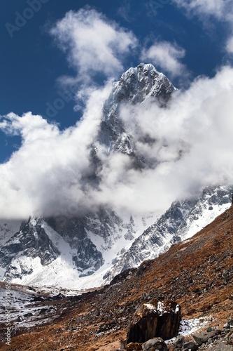 gora-arakam-tse-nepal-gory-himalajow