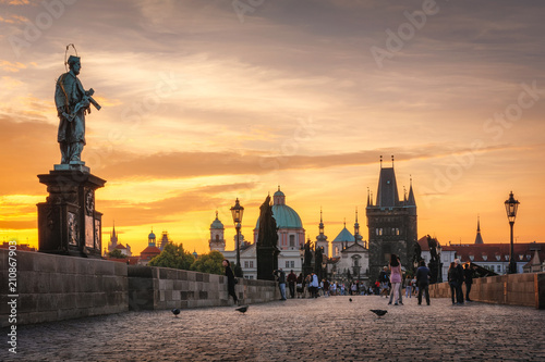 Foto op Plexiglas Praag Sunrise - Charles Bridge early in the morning, the most beautiful bridge in Czechia. Czech Republic