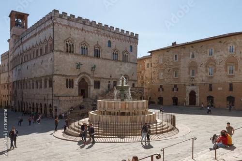 Poster Artistiek mon. Palazzo dei Priori and the Fontana Maggiore (fountain) in Piazza IV Novembre (square) in Perugia, Umbria, Italy