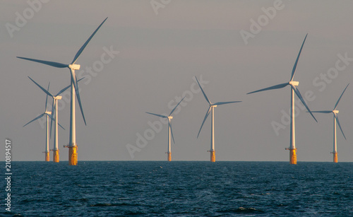 Fototapeta Offshore wind farm, Thames estuary.  obraz