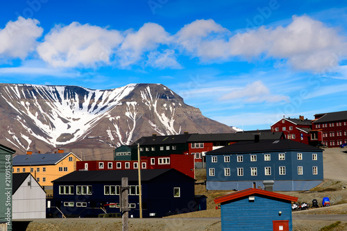 Papiers peints Arctique House in Longyearbyen, Svalbard, Norway