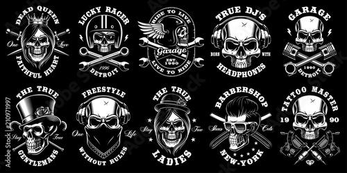 Plakat Set of black and white skulls