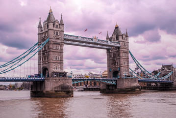 Fototapeta na wymiar Tower Bridge and River Thames in the cloudy day