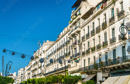 Staande foto Algerije Moorish Revival architecture in Algiers, Algeria