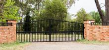 Metal Driveway Private Residen...