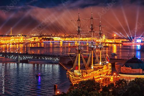 Spoed Fotobehang Oranje eclat Scarlet Sails celebration in St Petersburg.