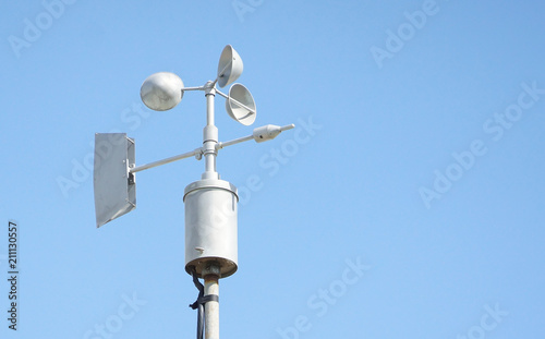 Photo Wind vanes with blue sky background