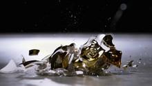 Golden Skull Ornament Smashing...