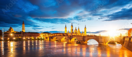 Basilica de Nuestra Senora del Pilar and Ebor River in the Evening