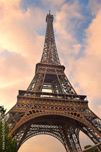 Foto op Aluminium Eiffeltoren view of the Eiffel Tower, Paris, France